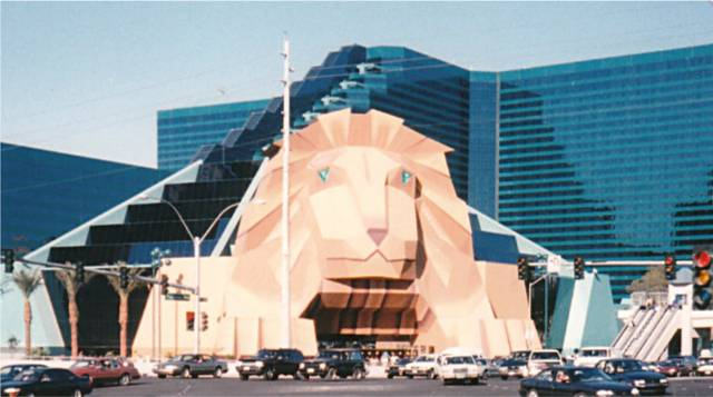old-lion-entrance-mgm-grand